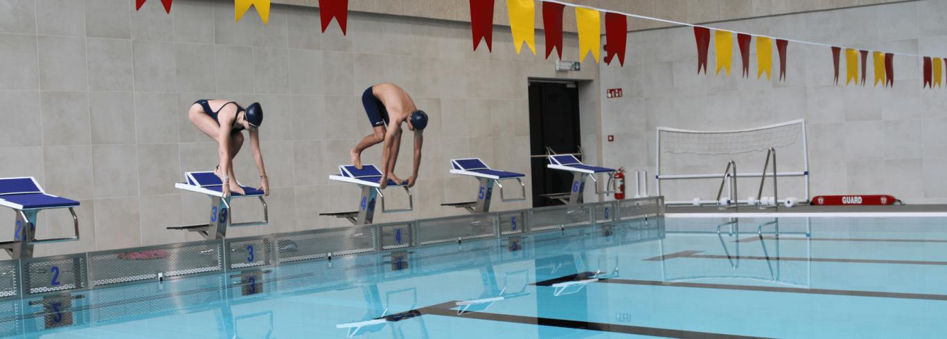 hero-pool-dive